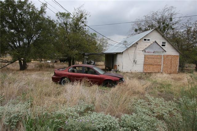 1803 Wright ST, Llano, TX 78643