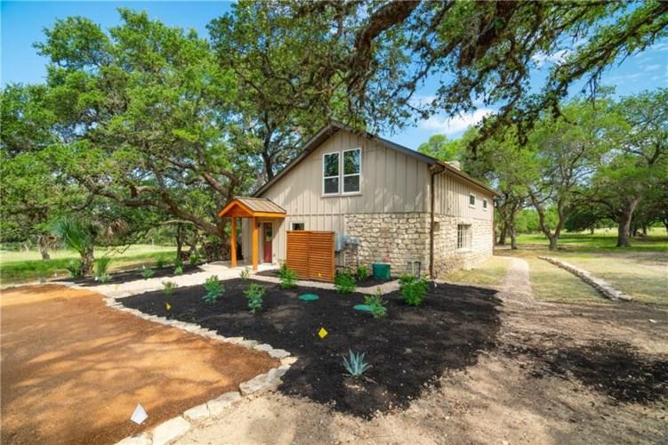 2032 Rogers Creek RD, Blanco, TX 78606