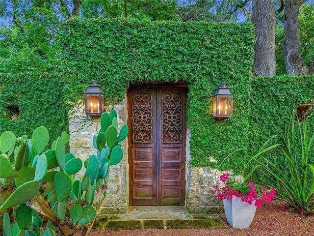 1803 Evergreen Ave, Austin, TX 78704