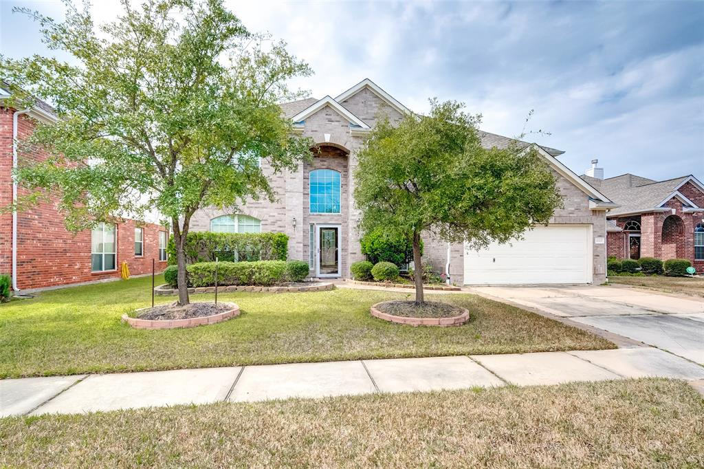 18115 Holly Thorn , Tomball, TX 77375