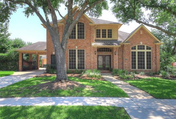 16802 Whitewater Falls Court, Houston, TX 77059