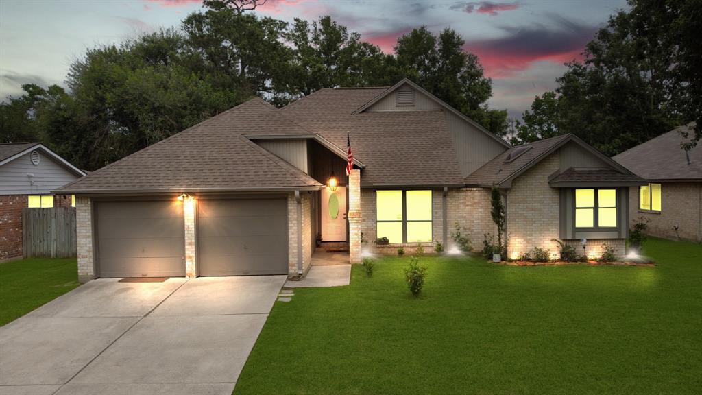 407 Shady Rock Lane, Houston, TX 77015