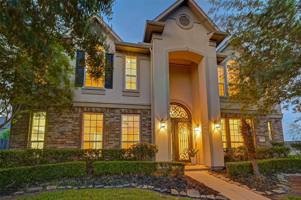 11903 Southern Trails Court, Pearland, TX 77584