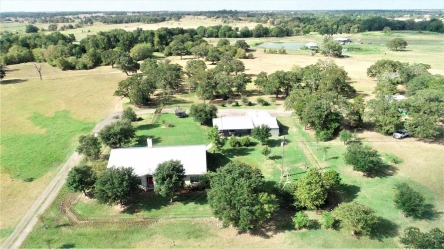 1811 County Road 208, Giddings, TX 78942