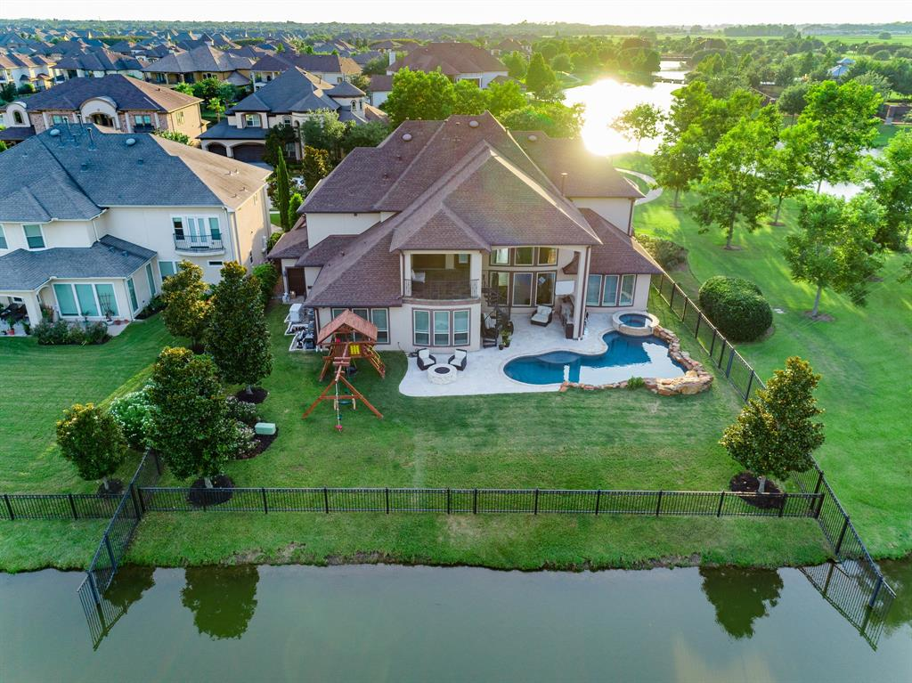 607 Elmhurst Court, Sugar Land, TX 77479