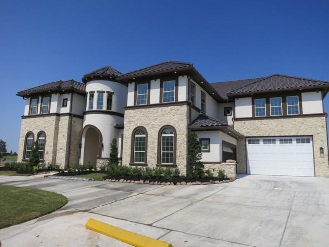 17918 Blue Ridge Shores Drive, Cypress, TX 77433