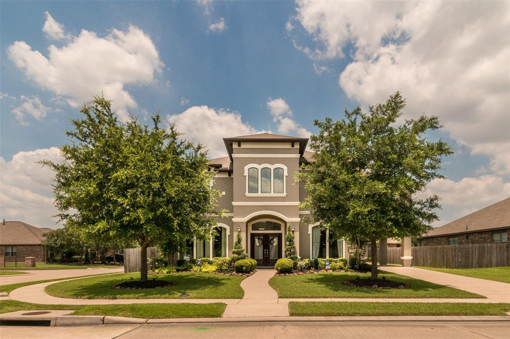 3008 Southern Chase Drive, Pearland, TX 77584