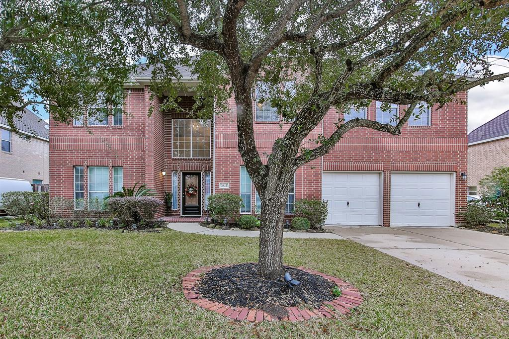 3815 Houston Lake Drive, Pearland, TX 77581