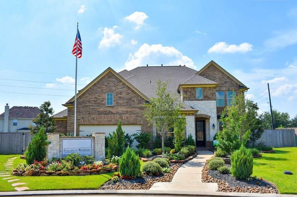 2406 Sandy Ridge Court, Sugar Land, TX 77479