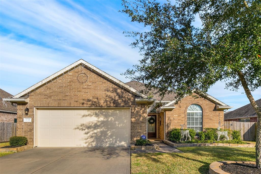 1711 Sawyer Crossing Lane, Pearland, TX 77581