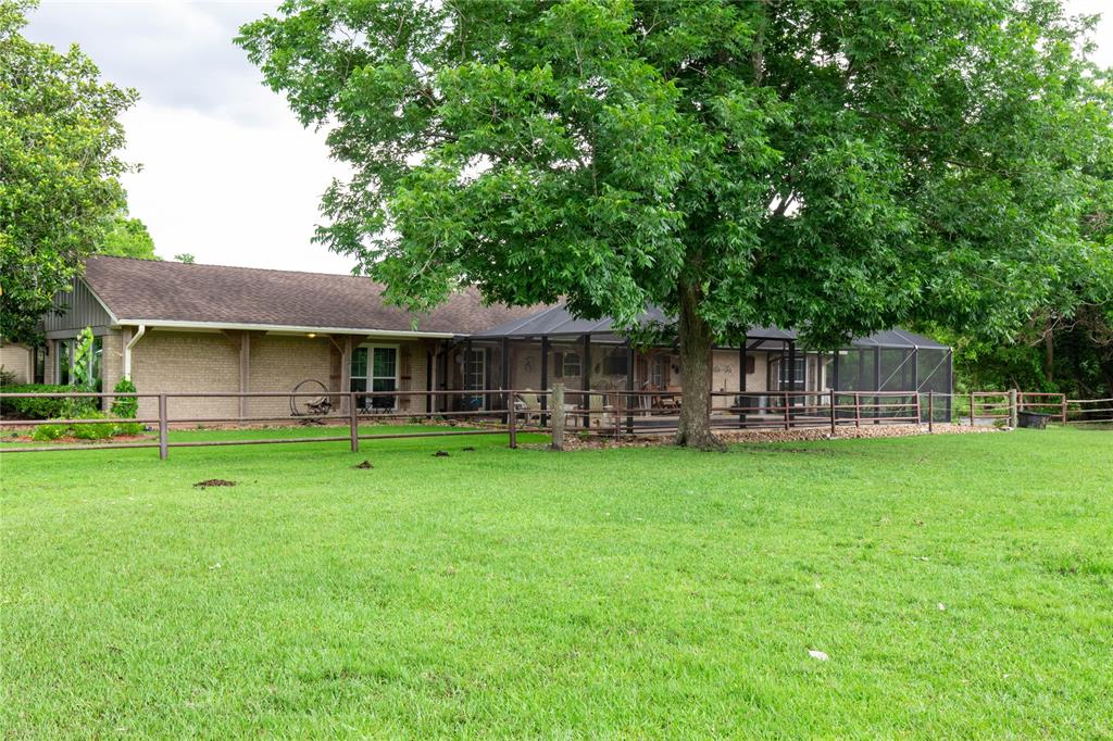 2137 Roy Road, Pearland, TX 77581
