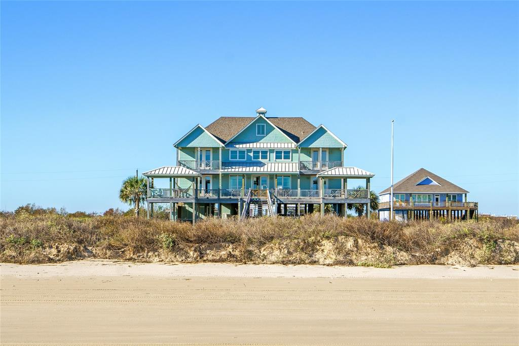 374 Atkinson , Crystal Beach, TX 77650
