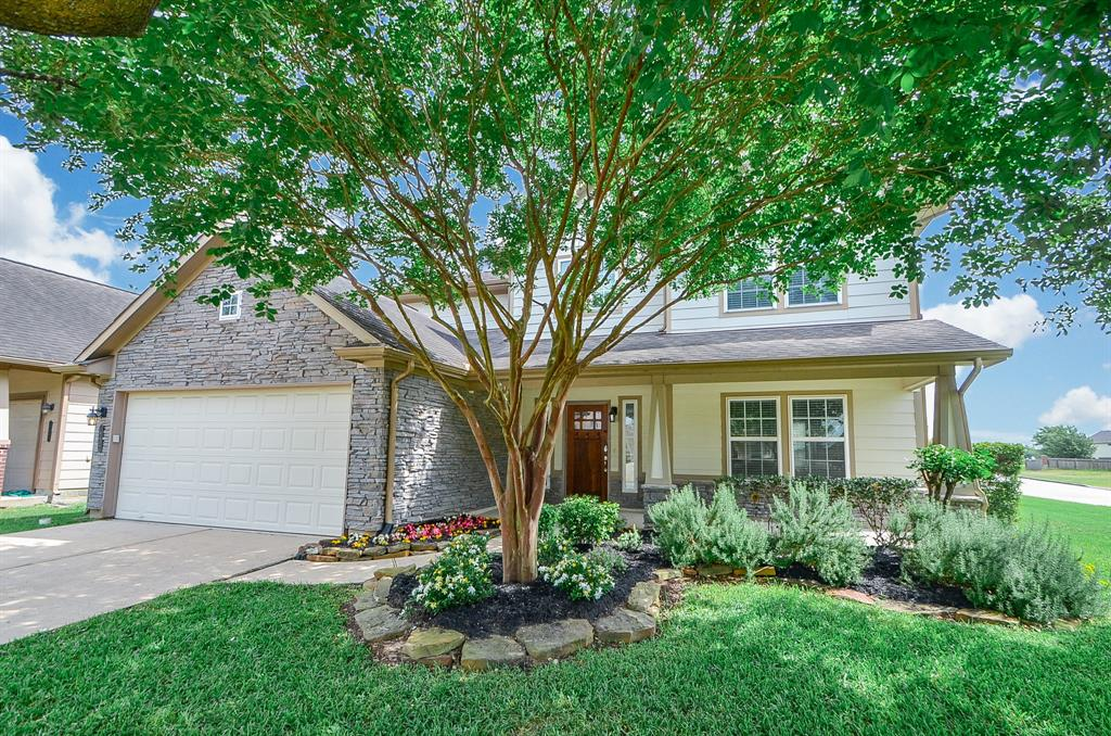 19402 Valiant Woods Drive, Spring, TX 77379