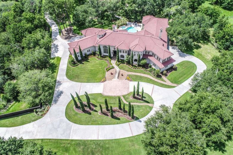 107 Sunset Drive, Friendswood, TX 77546