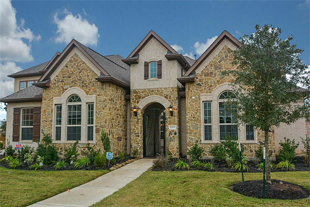 6203 Alexander Falls Lane, Sugar Land, TX 77479
