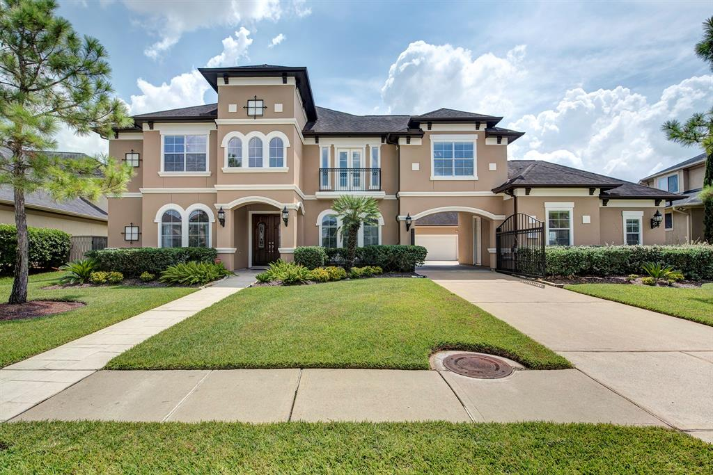 2505 Bayfront Drive, Pearland, TX 77584
