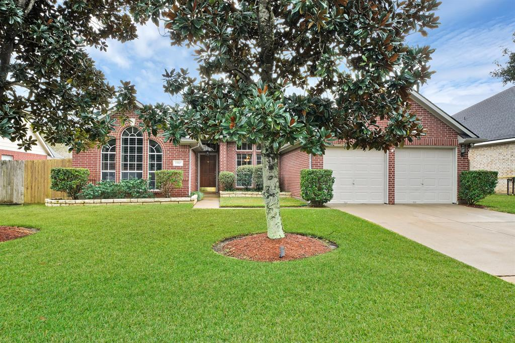 13507 Country Lane, Tomball, TX 77375