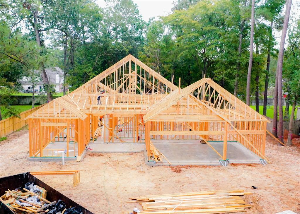 822 Box Elder Drive, Magnolia, TX 77354