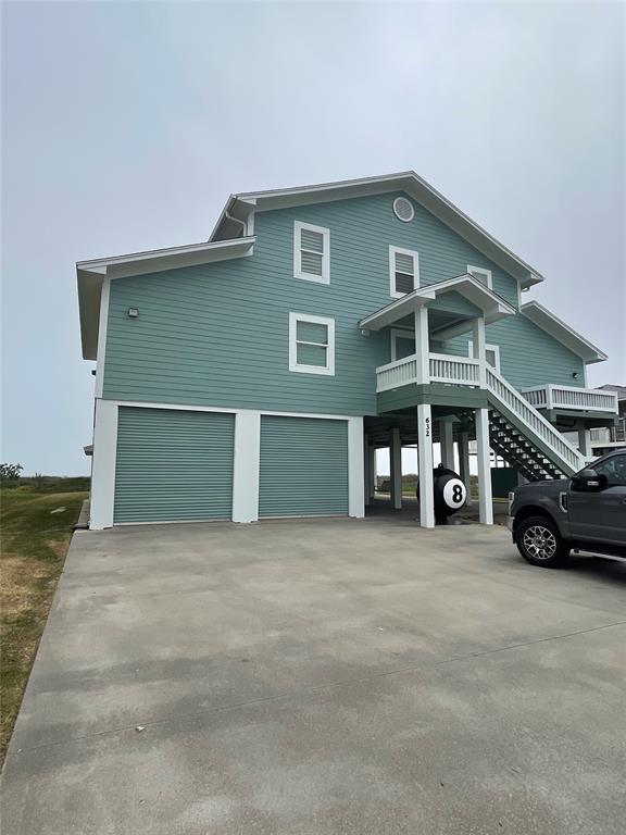 632 Villa Drive, Crystal Beach, TX 77650