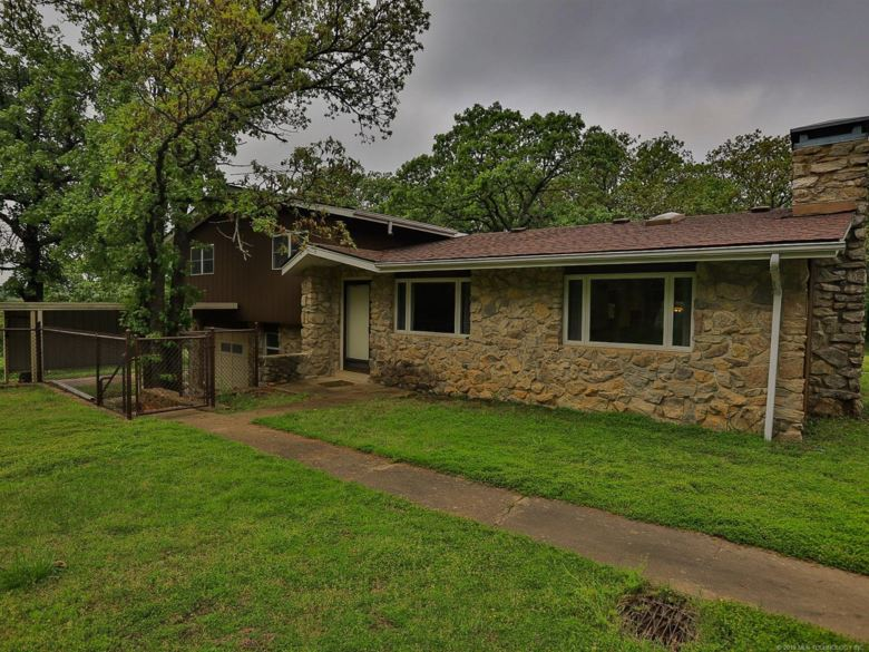 1294 County Road 2732, Bartlesville, OK 74002