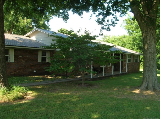 1550 E River Road, Fort Gibson, OK 74434