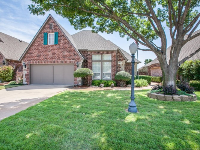 9017 N 100th East Avenue, Owasso, OK 74055