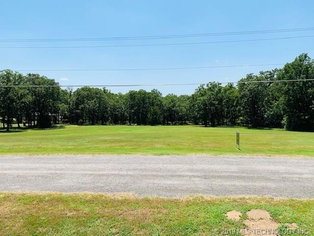Country Road, Sand Springs, OK 74063
