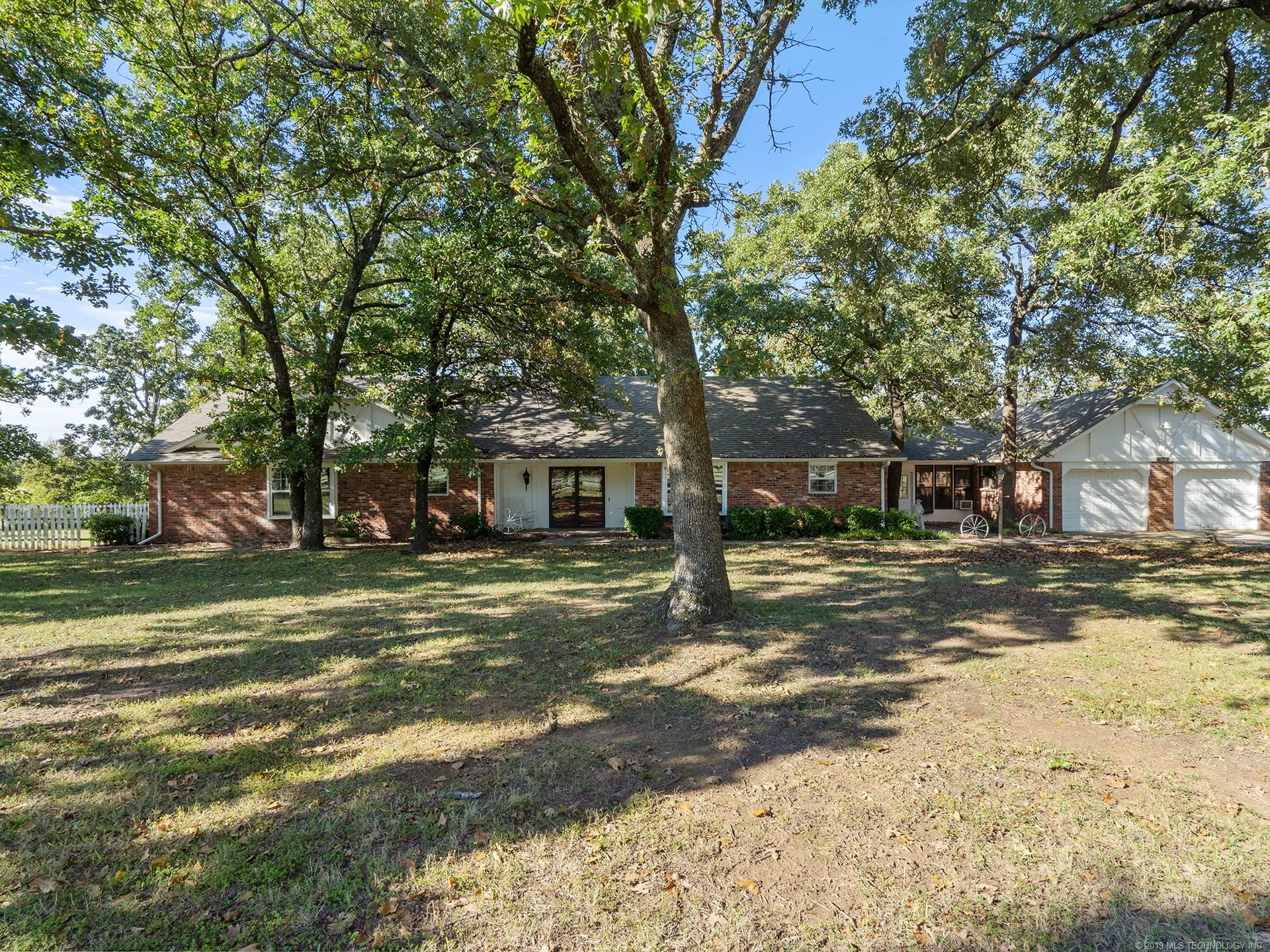 27051 E 295 Road , Big Cabin, OK 74016