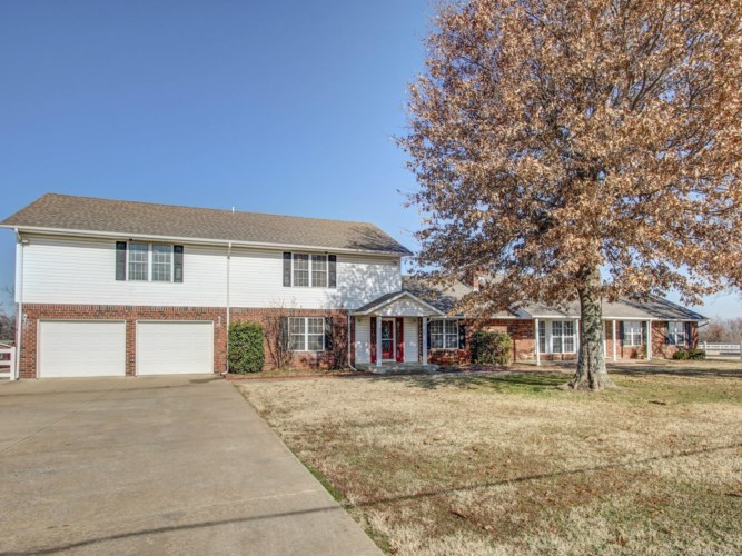 23989 E 137th Street, Coweta, OK 74429
