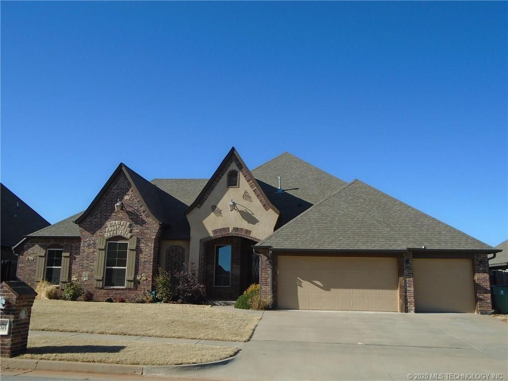 3201 Chesterfield Place , Mustang, OK 73179
