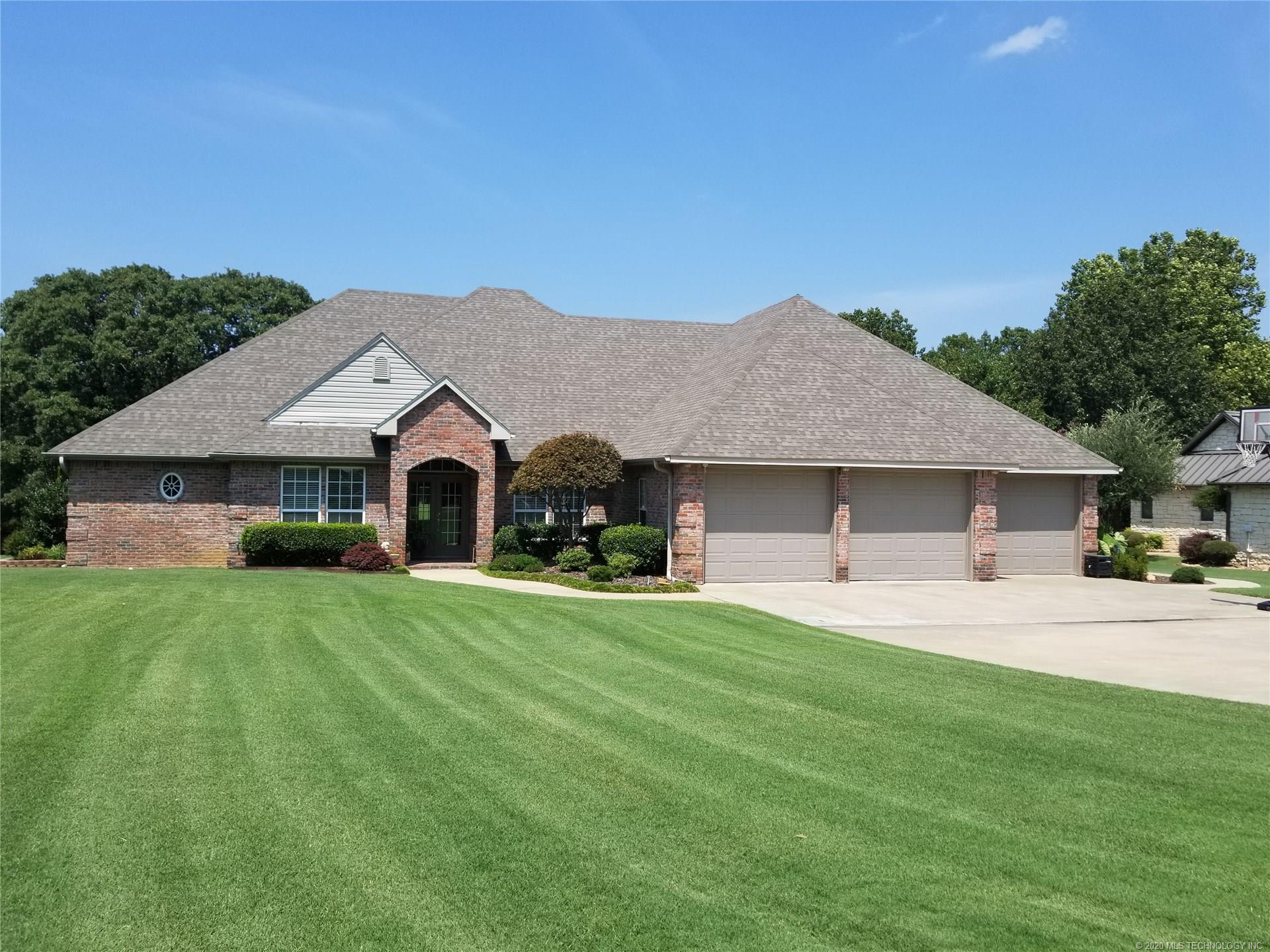 399 N Spinnaker Run , Stigler, OK 74462
