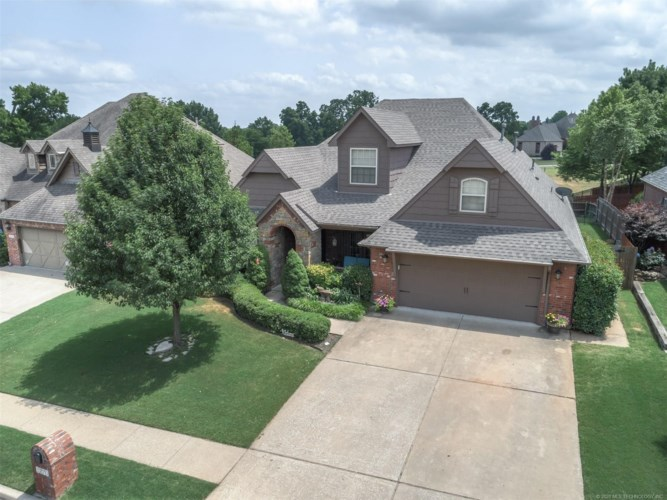 3270 E 145th Place S, Bixby, OK 74008