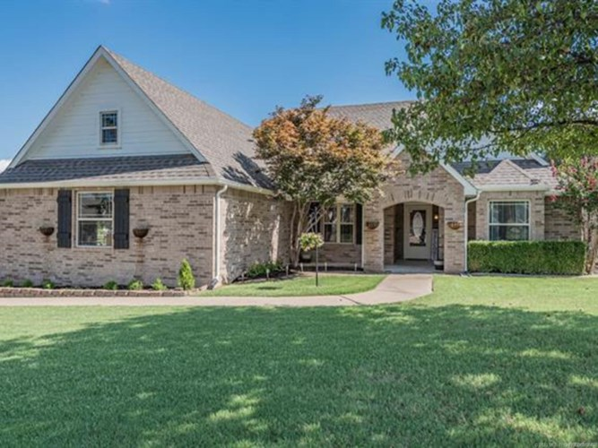 830 W 149th Street S, Glenpool, OK 74033