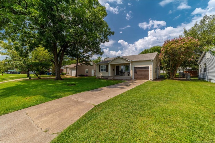 1313 S 10th, McAlester, OK 74501
