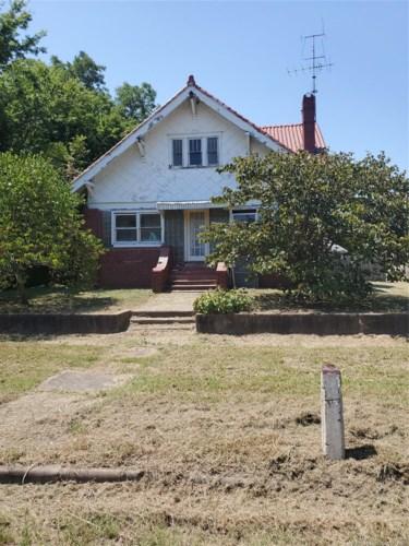 447 N Maple Street N, Nowata, OK 74048