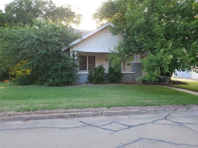 1101 Seventh Street, Pawnee, OK 74058
