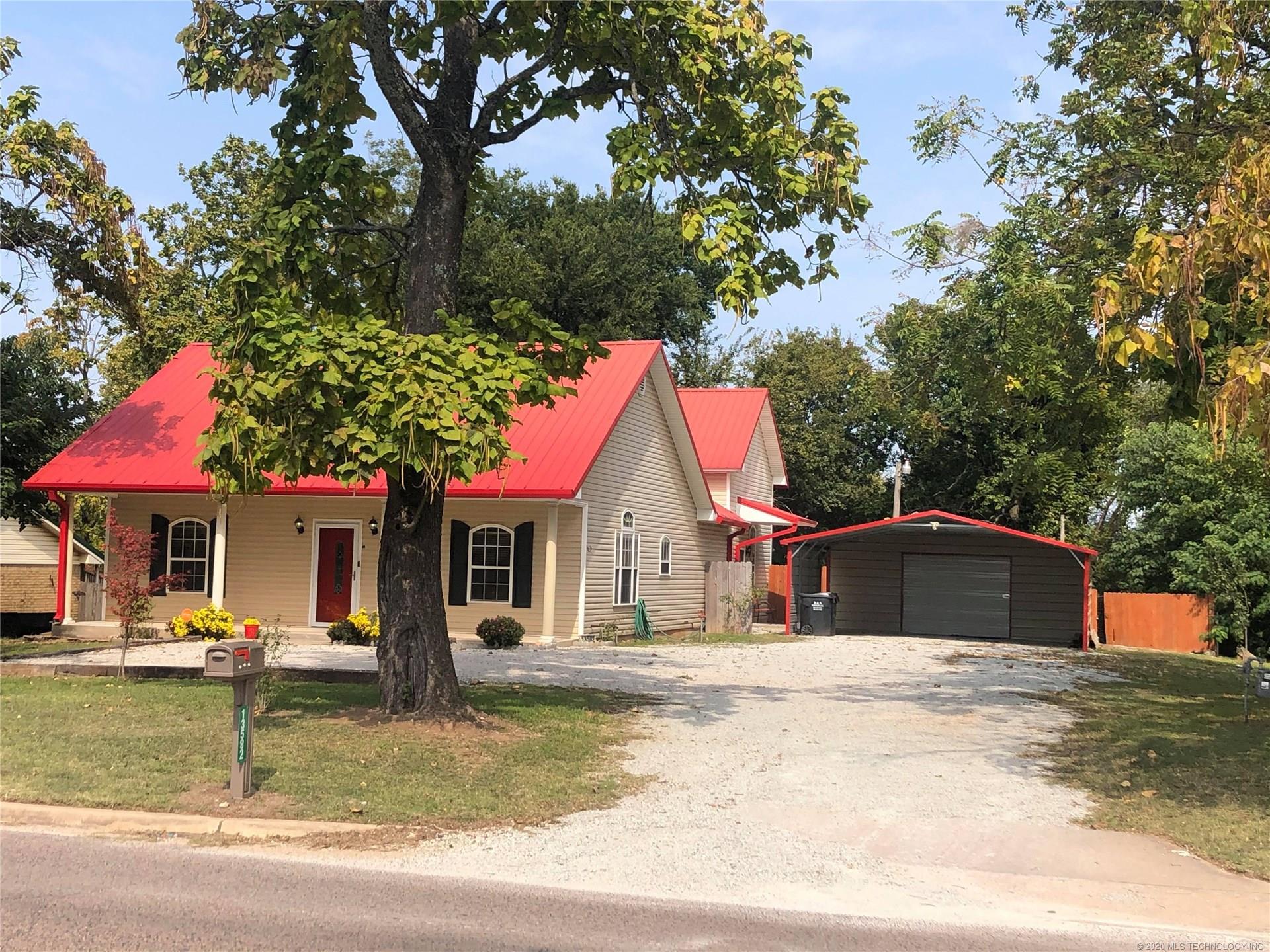 13582 S County Road 1560 , Ada, OK 74820
