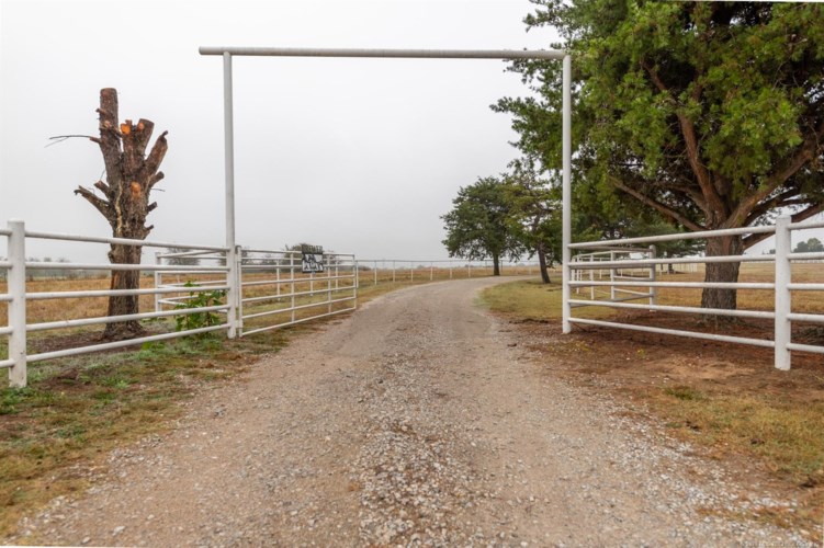 23169 W Duncan, Haskell, OK 74436