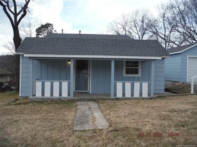 3616 S 28th West Avenue, Tulsa, OK 74107