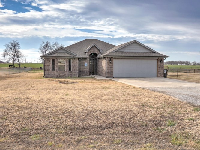6970 Olind Drive, Mounds, OK 74047