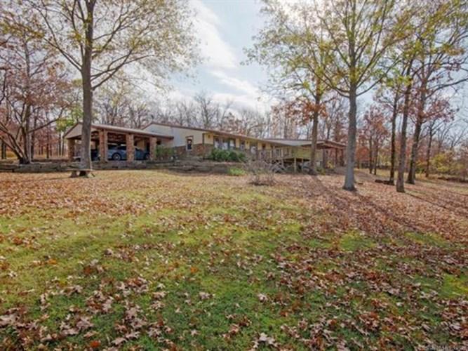 16293 W Hickory Hills Drive, Hulbert, OK 74441