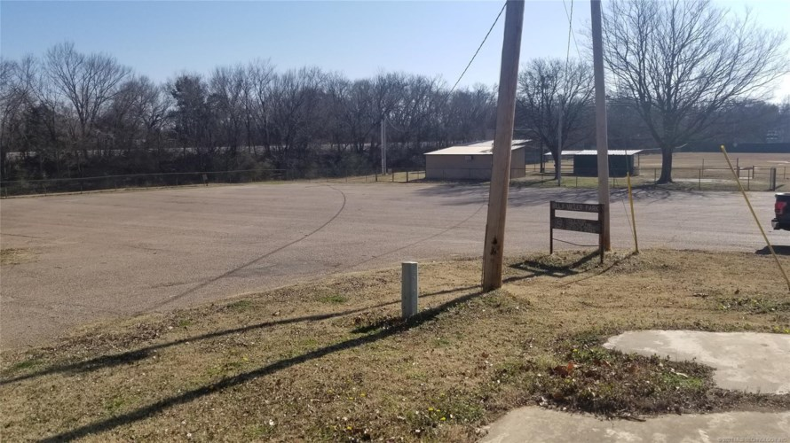 805 S 2nd, Durant, OK 74701