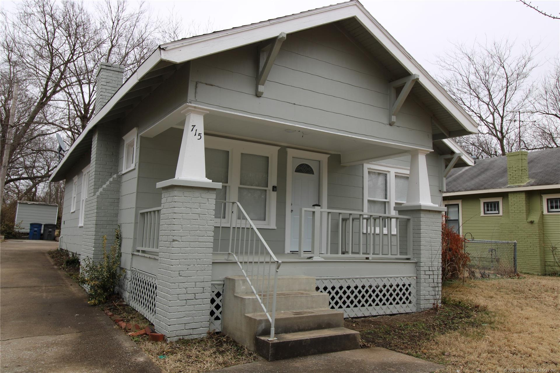 715 N Columbia Place , Tulsa, OK 74104