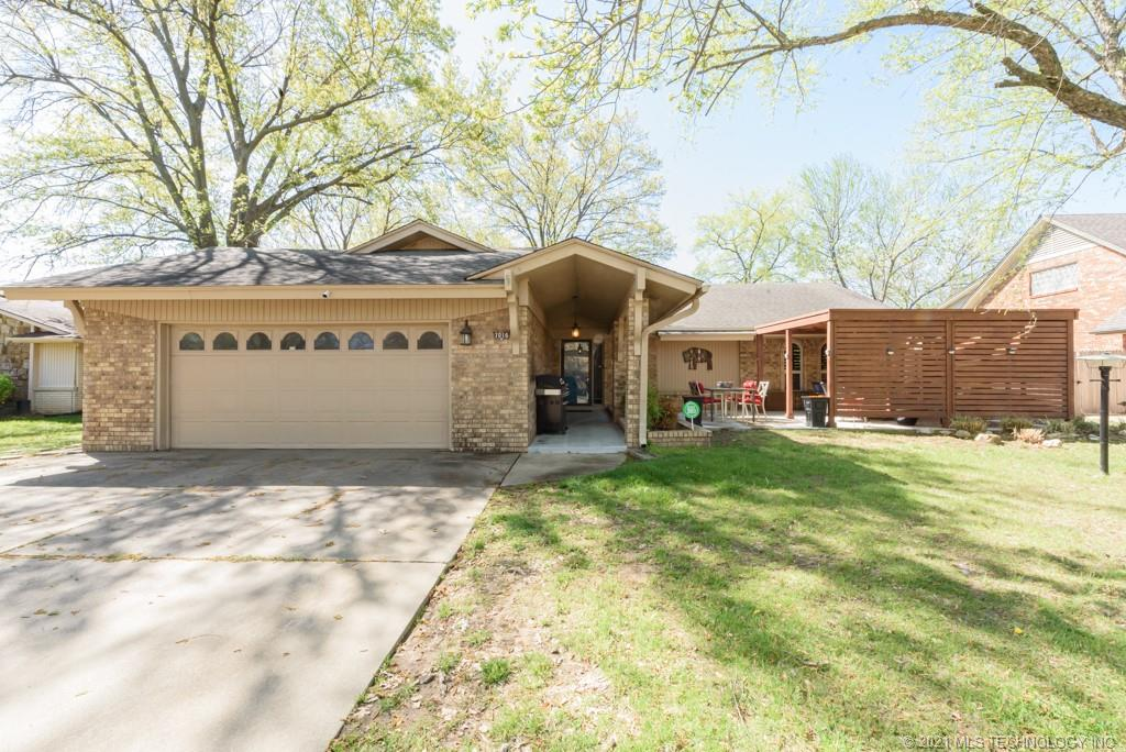 7016 E 50th Place , Tulsa, OK 74145