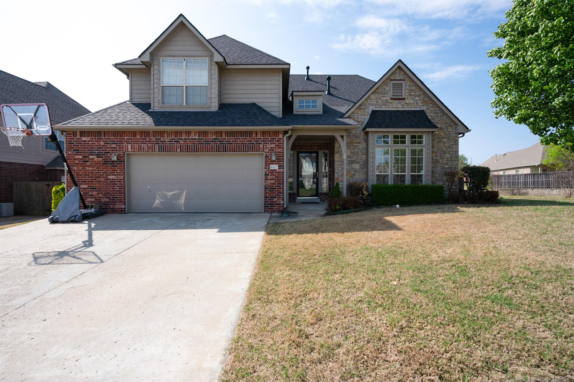 607 E Seattle Place , Broken Arrow, OK 74012