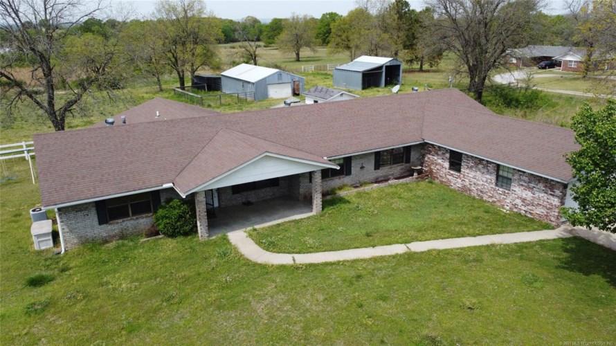 20016 N County Road 4468 Loop, Stigler, OK 74462