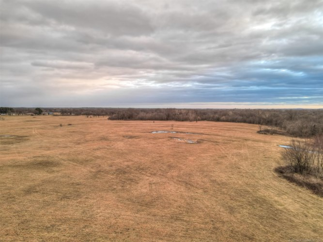 6 S 194th Street West, Haskell, OK 74436