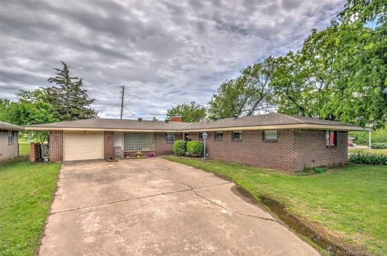 364 SE Morningside Avenue, Bartlesville, OK 74006