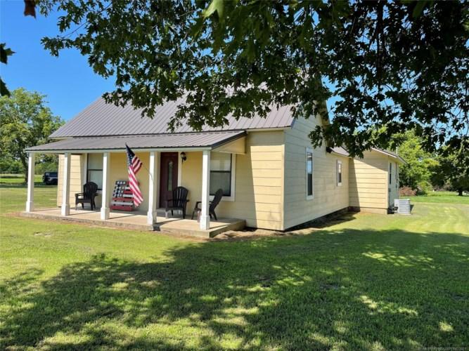 18035 S Prairie Bell Road, Morris, OK 74445