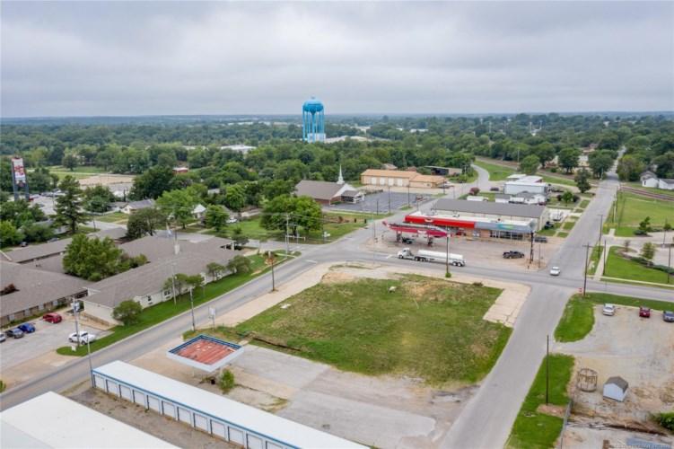 Main Street, Bristow, OK 74010